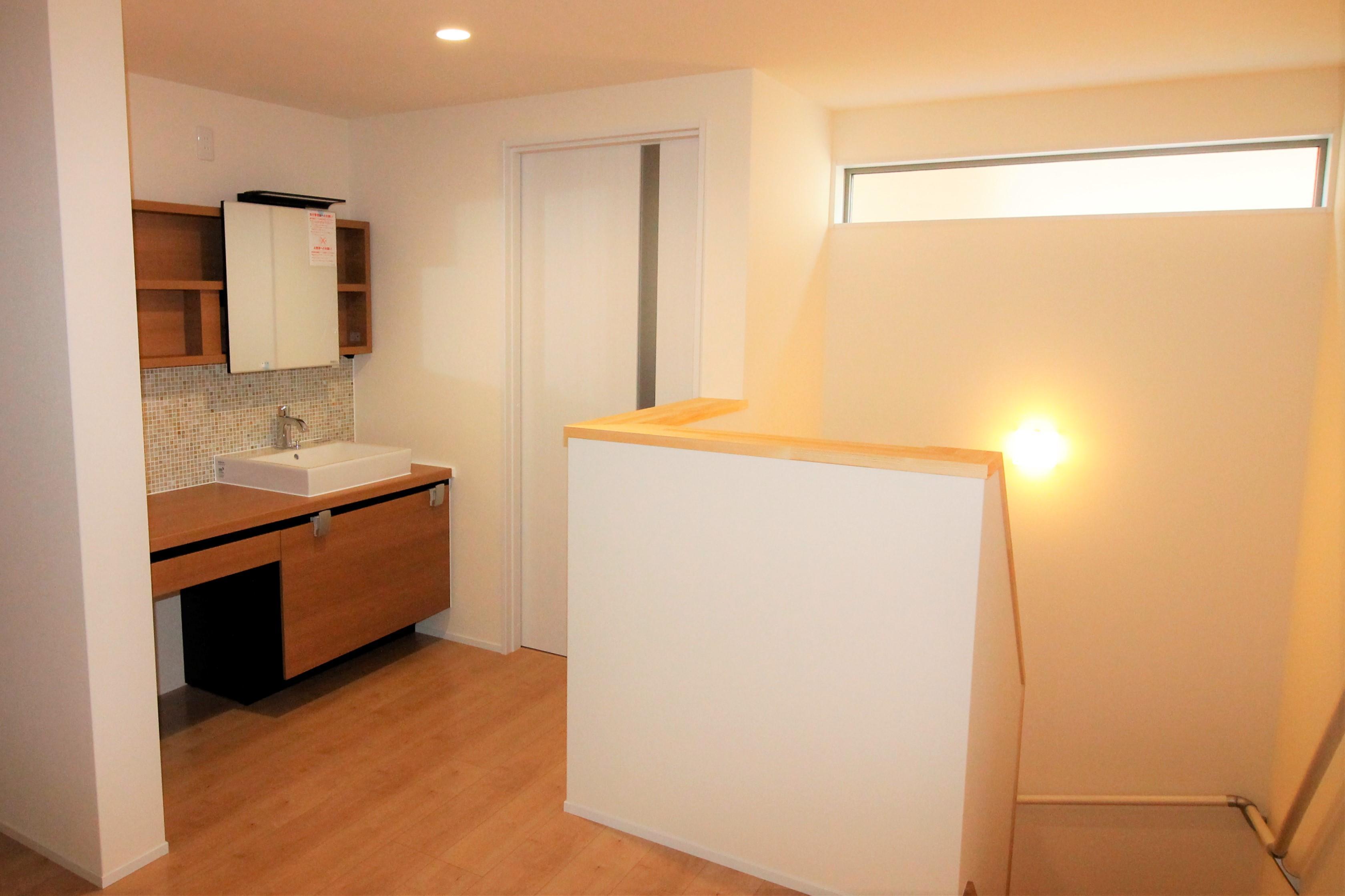 家族で使える広い洗面スペース