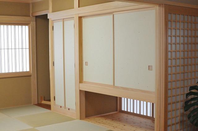 ヒノキの香り漂う本格的な和室でお客様をオモテナシ