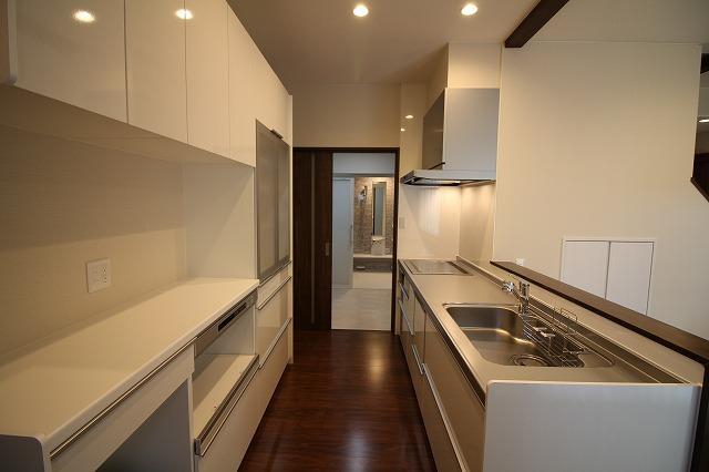 キッチン~洗面~浴室~ホール~キッチン 理想の周回家事導線